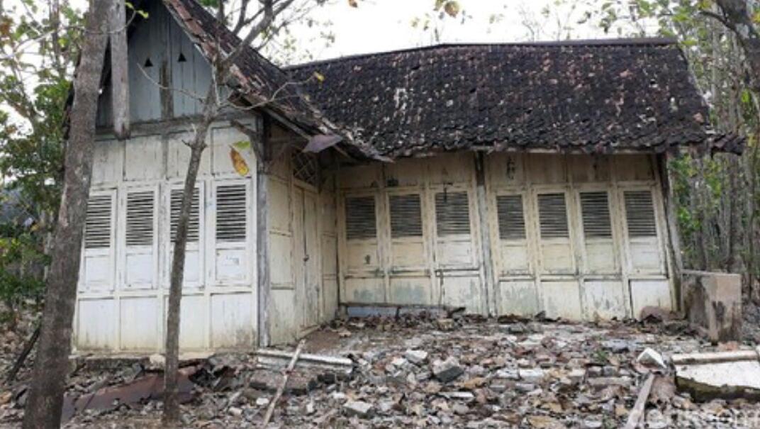 Viral Kondisi Rumah Tua di Gunung Kidul